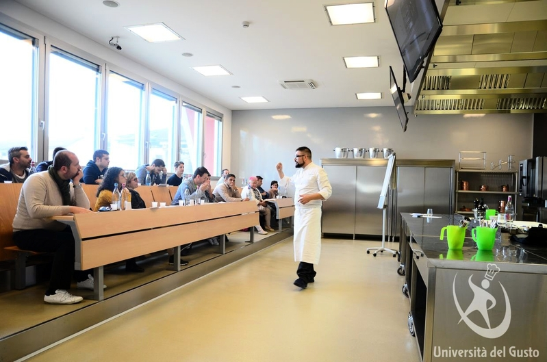 Piccoli spazi in cucina grandi risultati